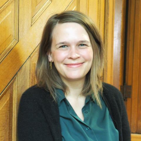 Headshot of Theresa Krueggeler